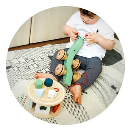 žaislai smulkiajai motorikai lavinti